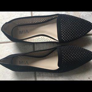 Mia Flats